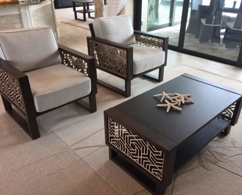 Hexagon Modern Lounge Chairs and Accent Tables in Living Room